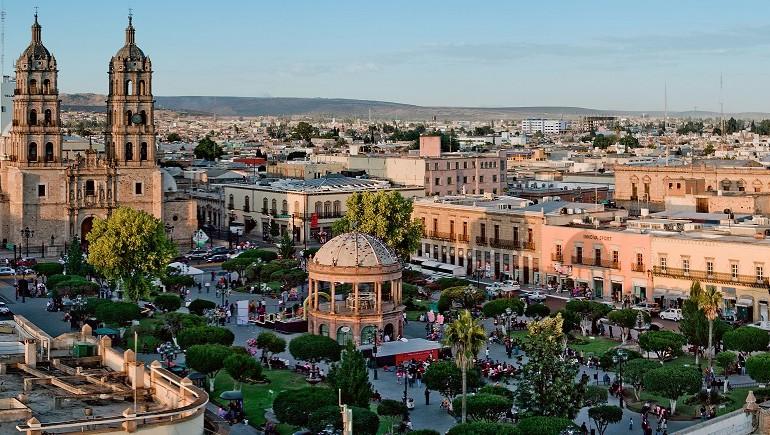 Chihuahua_city_2